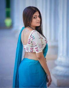 Exclusive stunning photos of beautiful Indian models and actresses in saree. Indian Actress Hot Pics, Most Beautiful Indian Actress, Indian Actresses, Hot Actresses, Actress Photos, Ootd, Sexy Blouse, Indian Models, Beautiful Saree