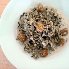 Wild rice pilaf with goldenberries