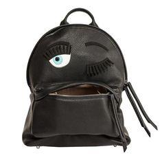 ¡La nueva colección de mochilas de Chiara Ferragni es monstruosa!