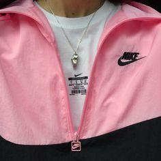 8968aec2f79304 www.depop.com monicasmithx Pink Nikes