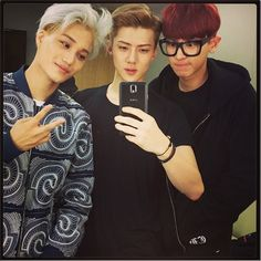 """140508 Sehun Instagram update: """"COME IN"""" #Kai #Chanyeol"""
