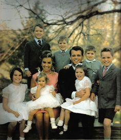 Uncropped color version of the RFK family at Hickory Hill - 1/18/62