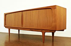 Mid Mod Credenza    If only, money were no object    (via ebay.com)