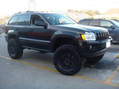 2006 grand cherokee w/ lift w/ nitto mud grapplers - JeepForum . i want my jeep that way mike Jeep Wrangler Lifted, Lifted Jeeps, Jeep Wranglers, Jeep Wk, 2005 Jeep Grand Cherokee, Customised Trucks, Offroader, Jeep Mods, Jeep Truck