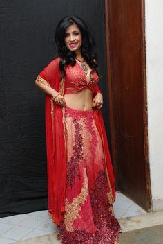 Pop singer Shibani kashyap in Rakhi & Tarak designer lehenga.  #shibanikashyap #designerlehenga #designerdresses