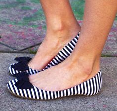 Striped flats with a bow are my cuppa sugar.
