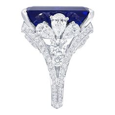 5.36 carat Emerald Cut Sapphire Ring Graff Diamonds ❤ liked on Polyvore featuring jewelry, rings, emerald cut sapphire ring, sapphire jewelry, engagement rings, sapphire jewellery and pandora jewelry