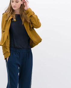Image 5 of SHORT JACKET WITH BUTTON TAB from Zara