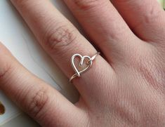Silver Wire Heart Ring nonadjustable Dainty di WireBoutique2012, $9.68