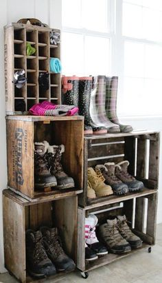Old Crates As Boot Storage | 10 Valuable Winter Storage Ideas You Need On Chilly Days