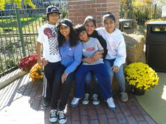 I am the 2nd oldest of 5. I have 2 brothers and 2 sisters.