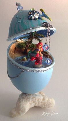 Little Mermaid goose egg Egg Crafts, Easter Crafts, Types Of Eggs, Disney Holidays, Carved Eggs, Faberge Eggs, Egg Art, Egg Decorating, Egg Shells