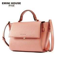 e8bb026e22c 1235 Best What s in your HANDBAGS images in 2019   Accessories ...