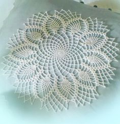 Easy Crochet Doilies Small lace doilies The doilies crochet patterns … Crochet Doily Patterns, Crochet Art, Crochet Round, Crochet Home, Crochet Motif, Crochet Doilies, Crochet Stitches, Free Crochet, Knitting Patterns