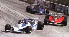 Long Beach 1979: Patrick Depailler, Ligier JS11 | right: Jody Scheckter, Ferrari 312T4 back: Jean Pierre Jarier, Tyrrell 9