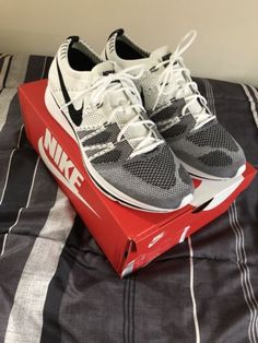 99997c77204c2 Nike Flyknit Trainer White Black 2017 OG The Return AH8396-100 Size 10.5