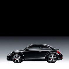 Attraente con quel lieve ammicco alla Porsche...ma troppo costosa per me! / It looks like Porsche...but it's too much expensive for me!