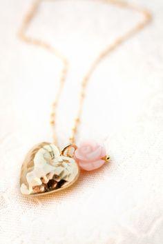 Petra Reijrink - handmade 40s Heart & Rose ketting goud