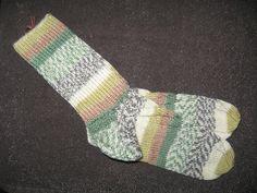 Handgestrickte+Socken+Gr.+40/41+von+Heike`s+Zauberwerkstatt+auf+DaWanda.com