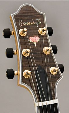 Benedetto Pink Lotus headstock