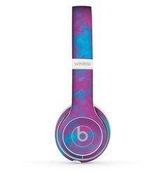 Add style to your Beats by Dre Solo 2 Wireless Headphones without bulk! With Design Skinz, you can change the look of your favorite device in seconds, literally. Made from a premium vinyl, these skinz Cute Headphones, Sports Headphones, Noise Cancelling Headphones, Bluetooth Headphones, Disco Party Decorations, Presents For Boys, Beats Studio, Accessoires Iphone, Beats By Dre