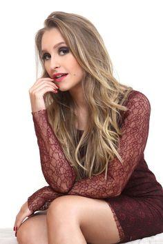 Carla Diaz Carla Diaz, Tumblr Girls, Long Hair Styles, Stars, Lady, People, Photography, Inspire, Inspiration