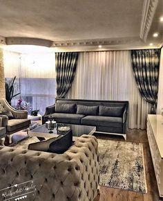 Modern ve klasiğin harmanı avangart mobilyalar grinin koyudan açığa nüansları birbirinden şık aksesuar ve tekstil ürünleri.. @flowery_bahar hanımın evi evgezmesi.com'da! (Profilimizdeki linke tık) #evgezmesi #evgezmesicom