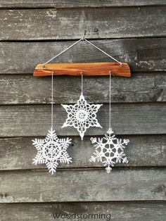 Christmas decoration - snowflakes mobile - elegant Christmas decoration - Christmas holiday decor - 3 crochet snowflake and wood ornament