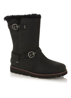 Lekker warm die coole leren laarzen met borg, ideaal voor de stoere chick.