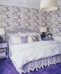 Tableau II wallpaper with Aga bed and Aga Reverse pillows. Design by Nicolette Horn. Image courtesy of House Beautiful.