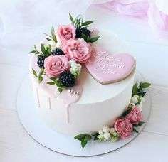Meanwhile, result in the topping by combining every one of the ingredients in a saucepan and provide Pretty Cakes, Cute Cakes, Beautiful Cakes, Amazing Cakes, Cake Decorated With Fruit, Gateaux Cake, Birthday Cake Decorating, Specialty Cakes, Happy Birthday Cakes
