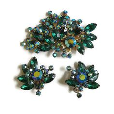 This is a fabulous Vintage Spray Floral Brooch or Pendant and Earrings Set in Blue & Emerald Green and Aurora Borealis Rhinestones! This brooch