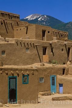 Mar 2020 - Multi-storey adobe houses at Taos Peublo, New Mexico. Taos Pueblo is a native American community of earth structures arranged around a central plaza, and has been continuously occupied since AD New Mexico Usa, Travel New Mexico, New Mexico Style, Taos New Mexico, New Mexico Homes, Dh Lawrence, Places To Travel, Places To Visit, Taos Pueblo
