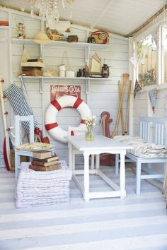 Make your garden shed into a home beach hut. add a paddling pool & day-dream you are by the sea Beach Cottage Style, Beach Cottage Decor, Coastal Cottage, Coastal Living, Beach Theme Garden, Cottage Porch, Coastal Bedrooms, Cottage Exterior, Lake Cottage