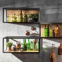 ATLAS KUCHNIE.  Regały otwarte - FRAME. Dąb miodowy, panel ścienny: beton ares. #kuchnia #kuchnianawymiar #meblekuchenne #loft #frame #półki #regałymetalowe #industrialdesign #industrialdecor Kitchen Dining, Dining Room, Bathroom Medicine Cabinet, Industrial Design, Wine Rack, Floating Shelves, Liquor Cabinet, Sweet Home, Loft