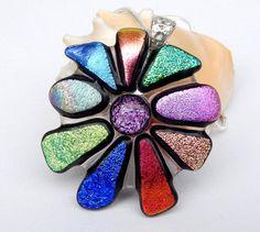 Dichroïde bloem hanger  gesmolten glas sieraden