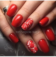 Having short nails is extremely practical. The problem is so many nail art and manicure designs that you'll find online Rose Nail Art, Rose Nails, Flower Nails, Fancy Nails, Trendy Nails, Diy Nails, Manicure Ideas, Gel Manicure, Red Nail Designs