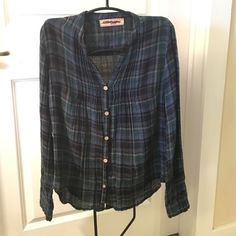 Anthropologie plaid top S Anthropologie plaid top. Size Small. 100% cotton. Light wear around the buttons otherwise great condition. Anthropologie Tops
