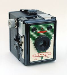 Coronet Consul | Box camera constructed of metal and bakelit… | Flickr