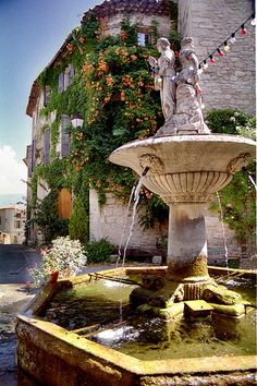 Fountain in Gordes, Provence, France
