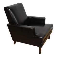 Image Of Mid Century Modern Black Leather Lounge Chair