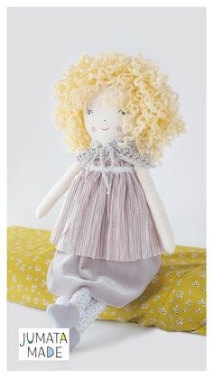 Curly cloth doll, rag dolls. Blonde ooak doll, blonde ringlets fashionista, pastel linen doll, gift for her, collectible toys, doll maker