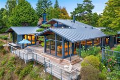 Modern Homes For Sale, Modern Style Homes, Best Lego Sets, Windermere Real Estate, Seattle Homes, Asian Garden, Level Homes, Home Buying, Beautiful Homes