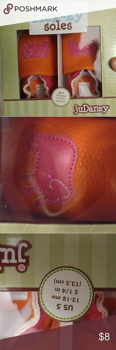 BNIP JuDanzy Flex-zy Soles toddler shoes size 5 Really cute toddler shoes! The size on the box says 5 fits 12-18mos, but in my experience most kids wear that size around 16-24mos. These are orange with pink elephants on them. We had several pairs of these, they stayed on baby/toddler feet really well. Please let me know if you have any questions or need more pictures! Thanks! JuDanzy Shoes