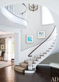 Traditional Staircase/Hallway by Peter Dunham Design in Beverly Hills, California. TRIM along staircase Curved Staircase, Staircase Design, Spiral Staircases, Foyer Staircase, Winding Staircase, Staircase Ideas, Design Entrée, House Design, Interior Design