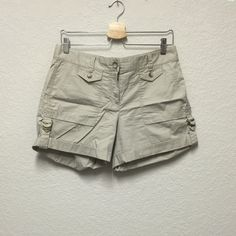 Ann Taylor rolled up shorts Comfortable rolled up shorts with cute buckle details. New without tags, never worn. 100% cotton, machine washable. 5 inch inseam Ann Taylor Shorts