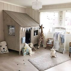 Ending the weekend with this fun play space featuring our Tellkiddo bear storage bag. We have a wide variety of storage solutions available now at the link in our bio. We hope you all had a fab Sunday xo Beautiful room @aasa95