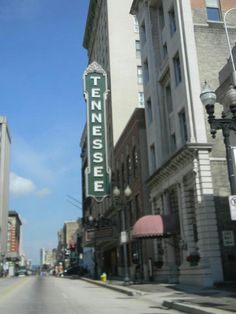 DOWNTOWN KNOXVILLE , TENNESSEE