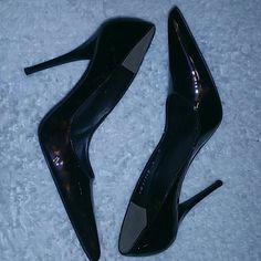 Stuart Weitzman pumps Stuart Weitzman pumps in brown patent leather. These pumps have been worn one time and are in great condition! If you have any questions or concerns please feel free to ask! Stuart Weitzman Shoes Heels