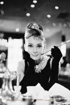 Audrey Hepburn Wallpaper Iphone - TimeDoll